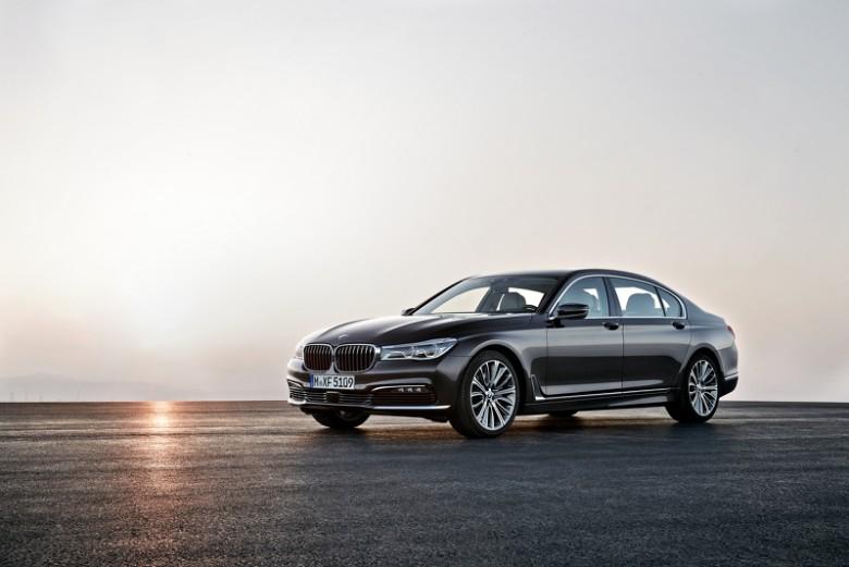 2016-BMW-7-Series-780x521