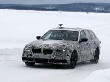 2017 BMW 5-Series GT Spy Shots (15)