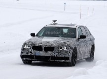 2017 BMW 5-Series GT Spy Shots (20)