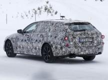 2017 BMW 5-Series GT Spy Shots (3)