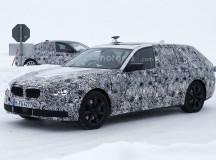 2017 BMW 5-Series GT Spy Shots (10)